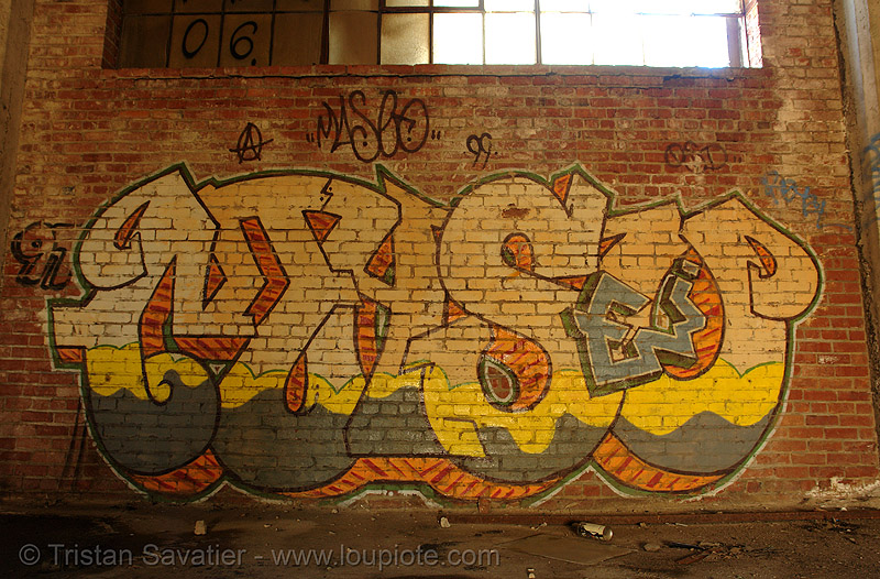 abandoned factory (san francisco), abandoned factory, derelict, graffiti piece, industrial, maseo, street art, tags, tie's warehouse, trespassing