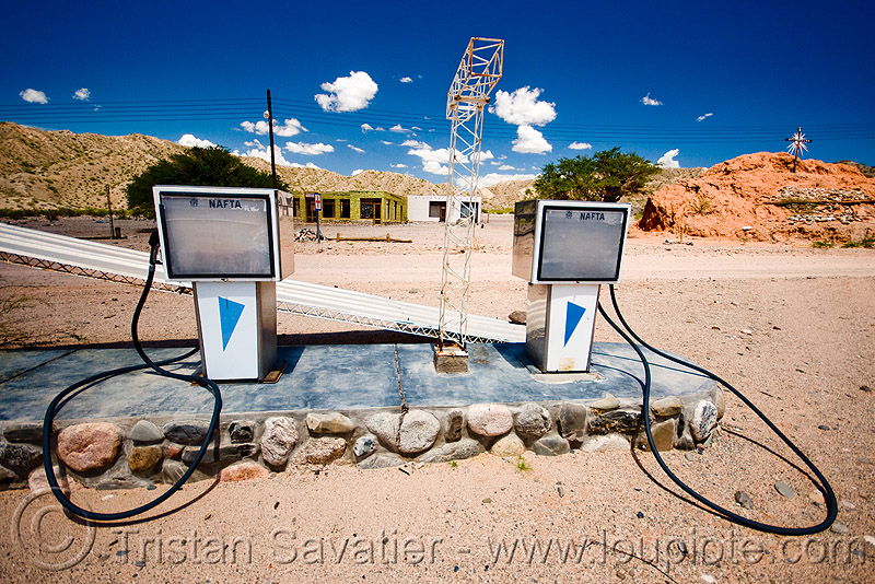 abandoned gas station  (argentina), argentina, cafayate, calchaquí valley, gas pumps, gas station, ghost town, nafta, noroeste argentino, petrol pumps, petrol station, valles calchaquíes