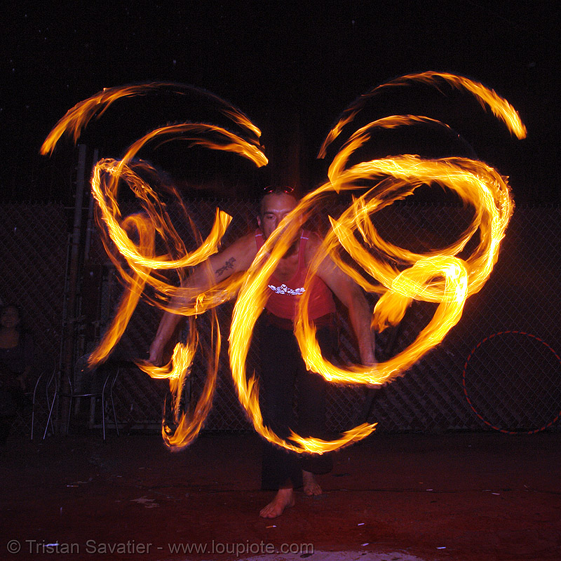 alex - LSD fuego, fire dancer, fire dancing, fire performer, fire poi, fire spinning, flames, long exposure, los sueños del fuego, lsd fuego, night, spinning fire