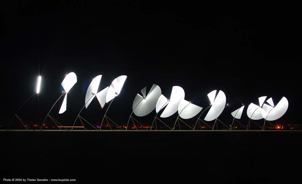 alien semaphore - burning-man 2004, alien semaphore, art, burning man, fluorescent, long exposure, neon lights, night