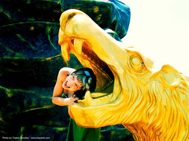 and-golden-lion - anke-rega, anke rega, cross-processed, dxpro, golden color, hindu, hinduism, people, woman, ประเทศไทย