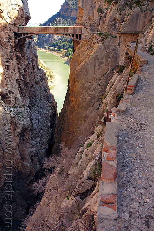 aquaduct bridge over gorge - camino del rey - el chorro (spain), aqueduct, caminito del rey, canyon, cliff, desfiladero de los gaitanes, ferrata, mountain, mountaineering, pathway, river, trail, via ferrata