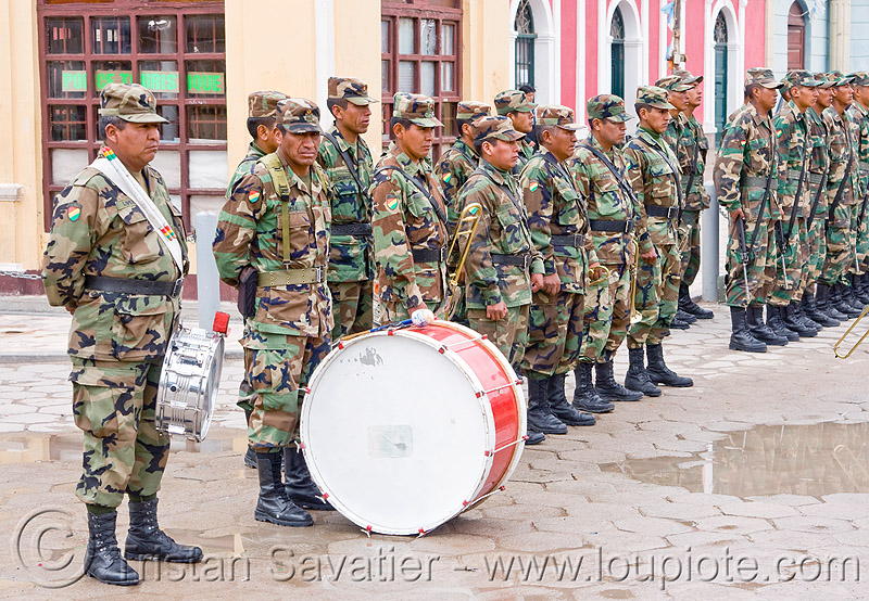 army marching band (bolivia), army, drum, marching band, military, soldiers, uyuni