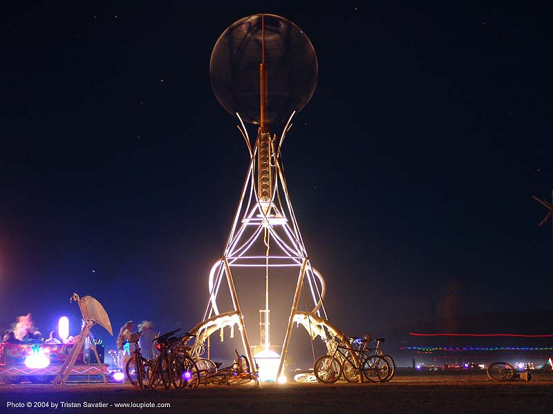 2004 - burning-man, art installation, burning man, night