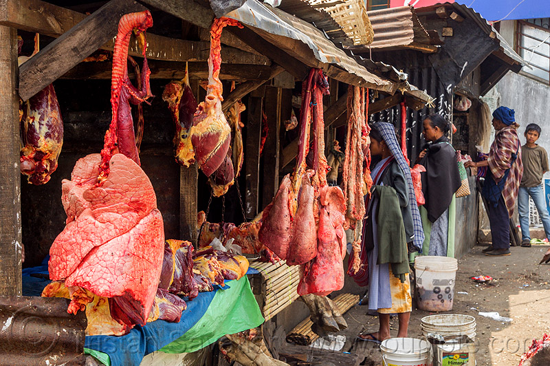 beef lungs and hearts hanging at meat market (india), beef heart, beef lungs, east khasi hills, hanging, india, meat market, meat shop, meghalaya, pynursla, raw meat