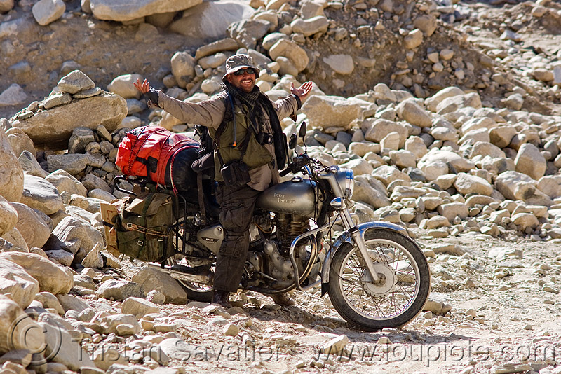 ben and his royal enfield motorcycle - road to pangong lake - ladakh (india), 350cc, ben, ladakh, motorbike touring, motorcycle touring, rider, riding, road, royal enfield bullet