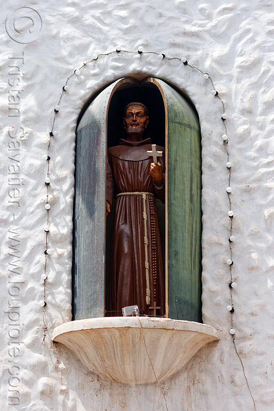 bendición de san francisco solano - humahuaca (argentina) - 5 of 23, animated, bendición, benediction, copper, cross, doors, missionary, monk, noon, noroeste argentino, quebrada de humahuaca, religion, saint, san francisco solano, sculpture, statue