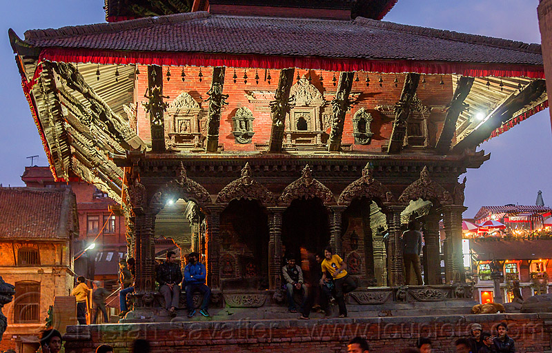 bhimsen temple - patan durbar square (nepal), bhimsen temple, durbar square, hindu temple, hinduism, night, patan, sitting