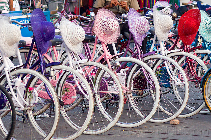 bicycle and hat rental, bicycle rentals, bicycles, bikes, eid ul-fitr, fatahillah square, hats, indonesia, jakarta, taman fatahillah
