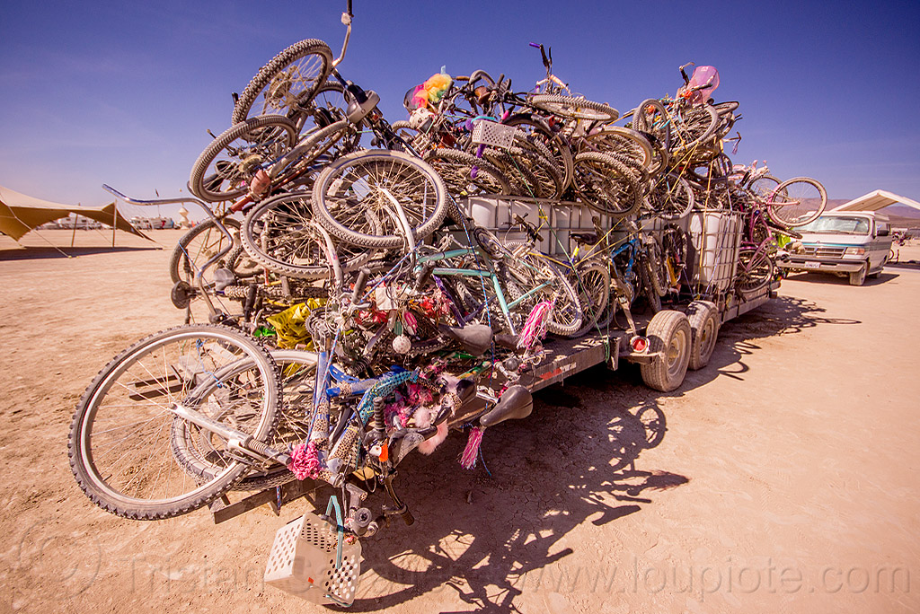 bicycles on trailer - exodus - burning man 2015, bikes, heap, many, stack