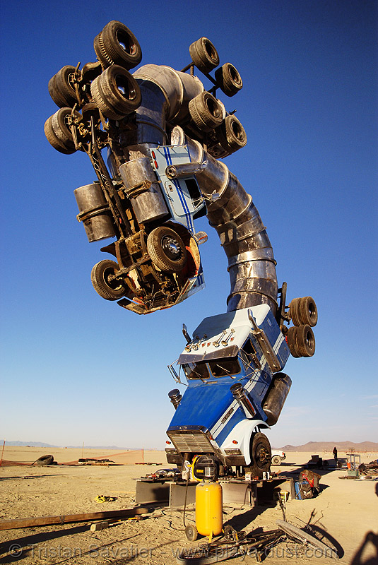 big rig jig - tractor trailers - semi trucks - burning man 2007, art installation, artic, articulated lorry, burning man, semi-trailer, semi-truck, tractor trailer, trucks