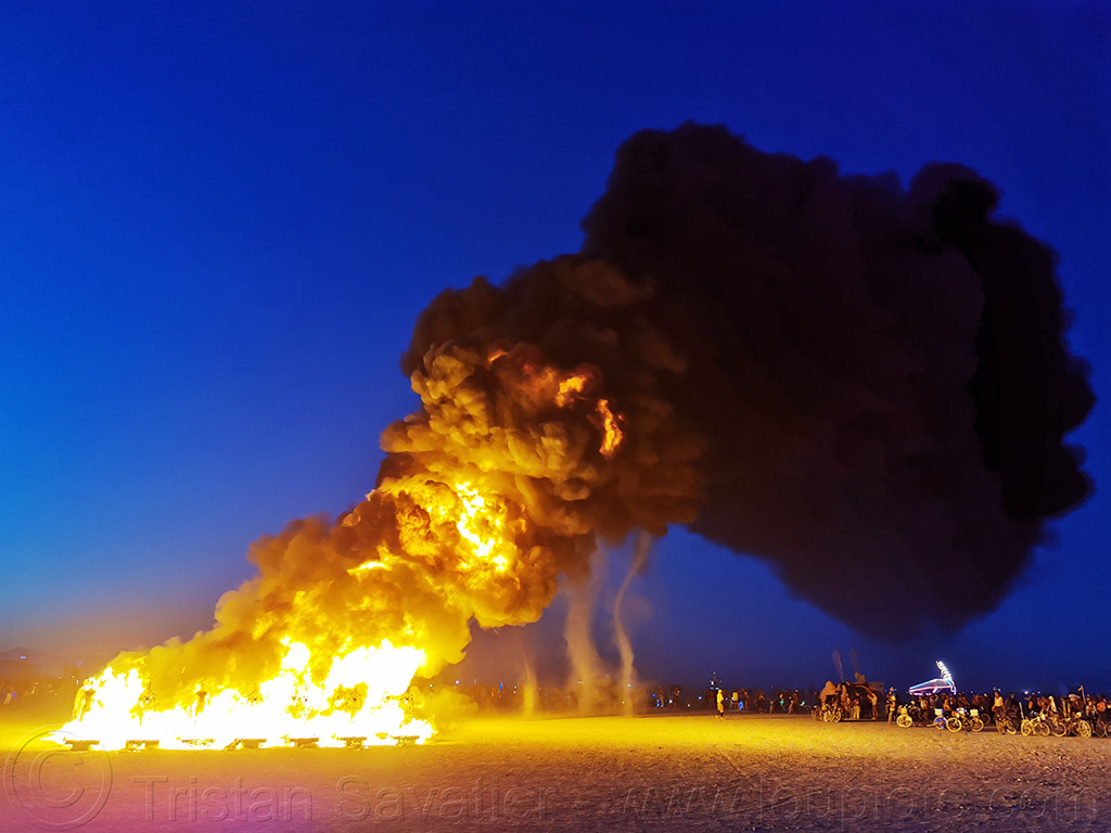 black smoke - burn of the man's army - burning man 2019, air pollution, black smoke, burning man, carbon footprint, dust devils, environment, fire, the man's army