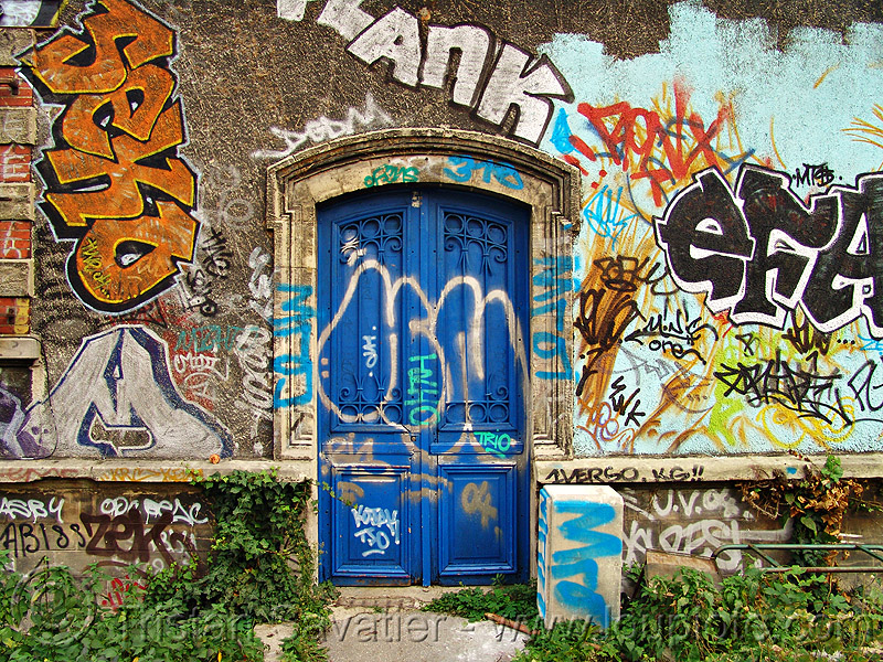blue door - petite ceinture - abandoned railway (paris, france), abandoned, graffiti, paris, petite ceinture, railroad, rails, railway, trespassing, urban exploration