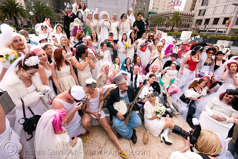 brides of march - union square (san francisco), brides of march, festival, union square, wedding dress, white