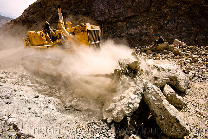 bulldozer clearing boulders - road construction - ladakh (india), at work, bd80, beml, bulldozer, dangerous, dozer, groundwork, heavy equipment, hydraulic, ladakh, machinery, road construction, roadworks, rubble, working