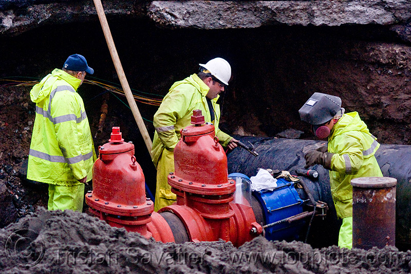 C515 cut-off valves - utility workers fixing broken water main (san francisco), awwa c515, construction workers, cut-off valves, dust mask, gate valves, hetch hetchy water system, high-visibility vest, reflective vest, repairing, resilient, respirator, safety helmet, safety vest, sfpuc, sink hole, utility crew, utility workers, water department, water main, water pipe, working