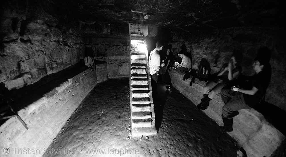 cabinet minéralogique - catacombes de paris - catacombs of paris (off-limit area), cabinet mineralogique, cabinet minéralogique, catacombs of paris, cave, clandestines, fisheye, illegal, trespassing, underground quarry