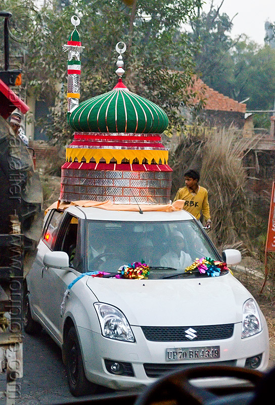 car decorated with mosque dome & minaret on its roof - eid-milad-un-nabi muslim festival (india), decorated car, dome, eid-e-milad-un-nabi, eid-e-milād-un-nabī, eid-milad-un-nabi, islam, mawlid, milad un-nabi, milad-an-nabi, milād an-nabī, milād un-nabī, minaret, mohammed's birthday, mosque, muhammad's birthday, muslim festival, nabi day, prophet's birthday, religion, street, suzuki, عید میلاد النبی, ईद मिलाद नबी