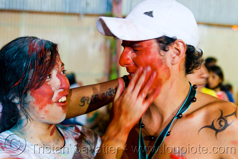 carnaval - carnival in jujuy capital (argentina), carnaval, carnival, couple, face painting, facepaint, jujuy capital, man, noroeste argentino, red paint, san salvador de jujuy, woman
