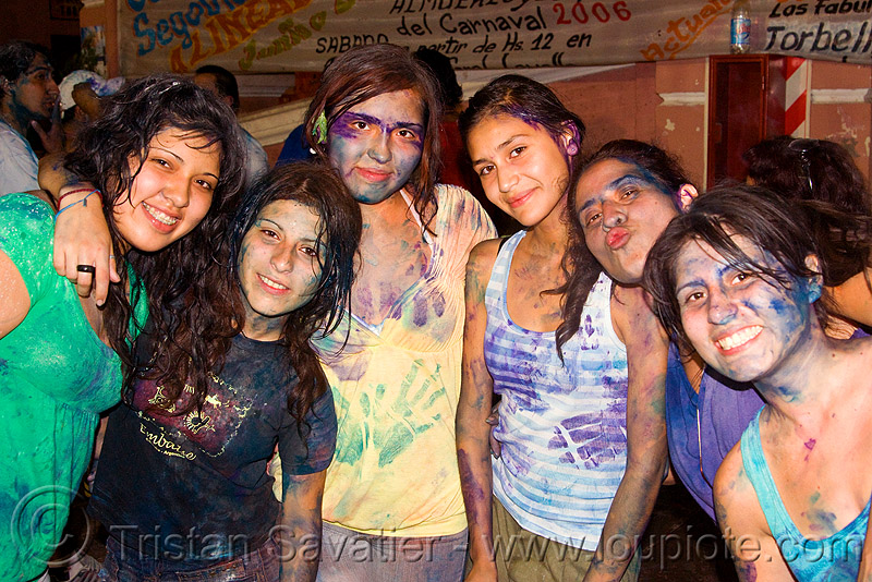 carnaval - carnival in jujuy capital (argentina), andean carnival, carnaval, friends, girls, jael, jujuy capital, natalia, naty, noroeste argentino, paint, party, san salvador de jujuy, women