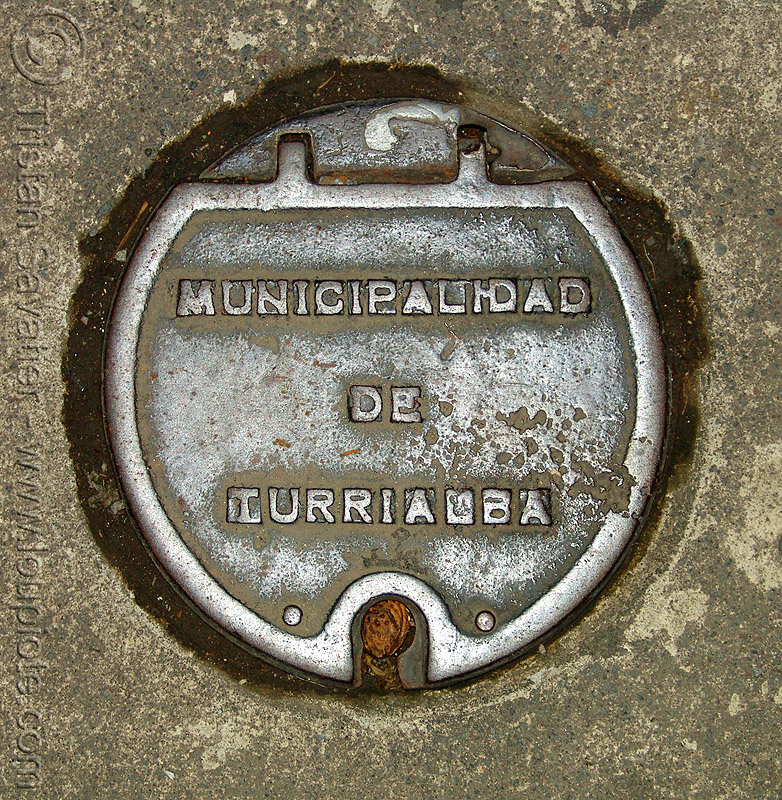 cast iron access cover - municipalidad de turrialba, access cover, cast iron, costa rica, metal plate, municipalidad de turrialba