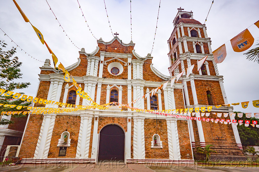 cathedral of tuguegarao (philippines), architecture, brick, cathedral, church tower, dominicans, philippines, religion, tuguegarao
