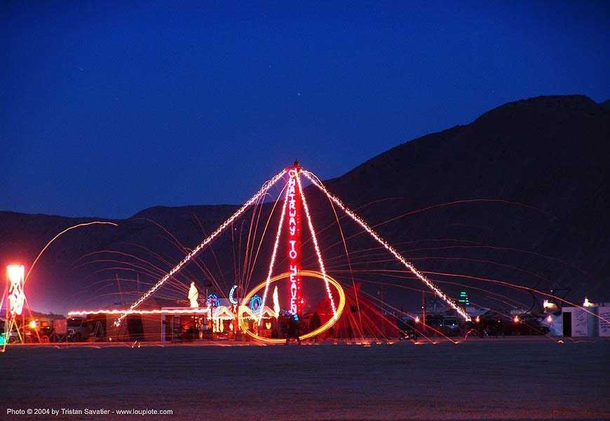 chairway to heaven by jim hillas - burning-man 2004, art, chairway to heaven, jim hillas, long exposure, night
