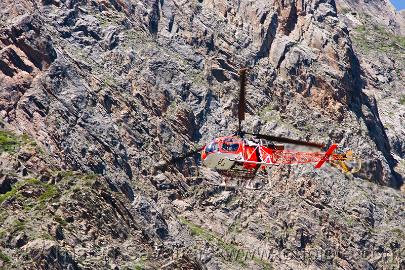 cheetah (lama) helicopter used by rich pilgrims - amarnath yatra (pilgrimage) - kashmir, aircraft, alouette 2, alouette ii, chopper, helo, mountain trail, mountains, sa 315b, sa-315, trekking, yatris, अमरनाथ गुफा