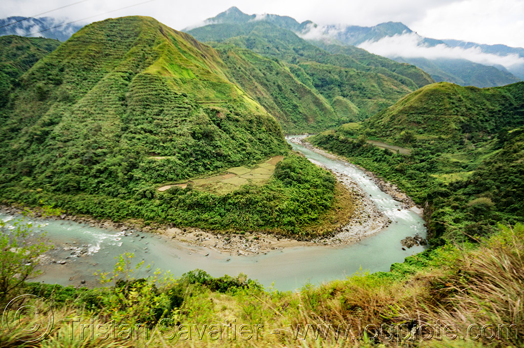 chico river meandering in steep valley (philippines), chico river, chico valley, cordillera, mountains, philippines, river bend, v-shaped valley