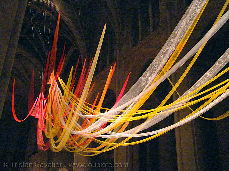 christmas mass at grace cathedral, san francisco, christmas mass, grace cathedral san francisco, midnight, religion, streamers, xmas