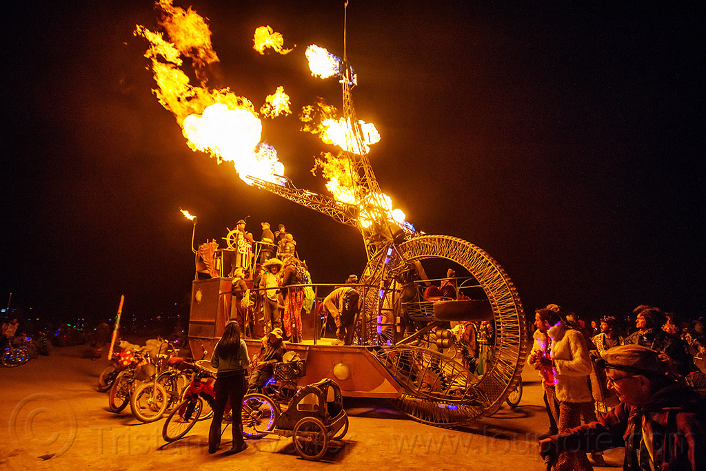 clock ship tere blowing fire - burning man 2015, art car, c.s. tere, flames, night, people