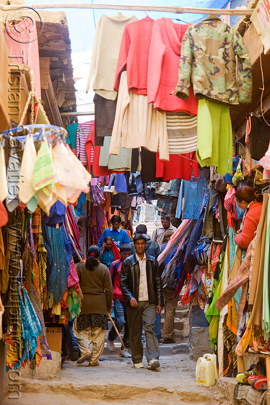 clothing bazar - leh (india), bazar, clothing, ladakh, leh, market, shops, stores, street, लेह
