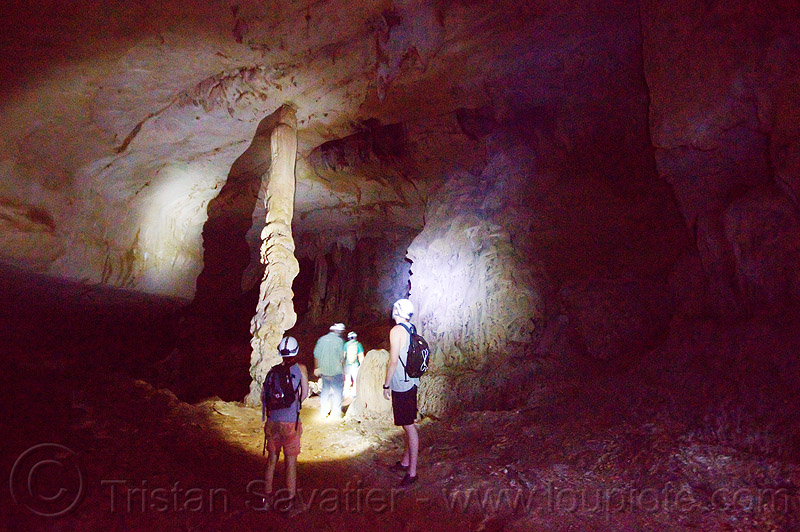 column - cave formation - caving in mulu (borneo), cave formations, cavers, clearwater cave, clearwater cave system, clearwater connection, concretions, gunung mulu, gunung mulu national park, natural cave, people, speleothems, spelunkers, spelunking