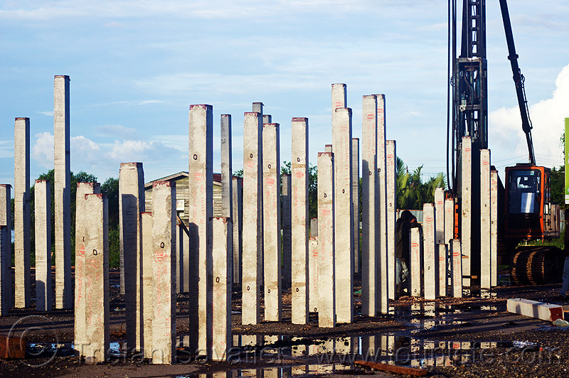 concrete foundation piles, beluran, building construction, building foundations, columns, foundation works, groundwork construction, hydraulic hammer, machinery, pile driver, pile driving, precast concrete piles, reinforced concrete