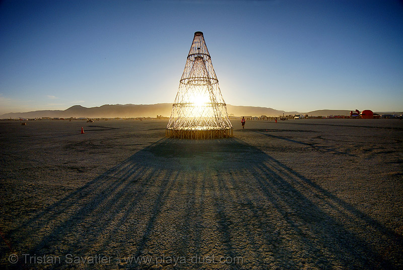 the cone - burning man 2007, art installation, back light, burning man, shadows, the cone