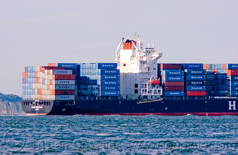 container ship - hanjin montevideo (from south korea), boat, box ship, cargo ship, container ship, containers, hanjin montevideo, ocean, sea, shipping, south korean