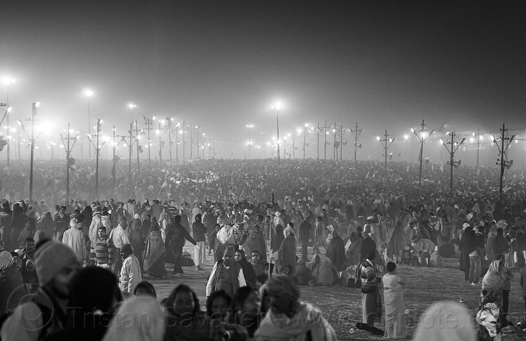 crowd of hindu pilgrims at night at kumbh mela (india), crowd, hindu, hinduism, kumbh maha snan, kumbha mela, maha kumbh mela, mauni amavasya, night, standing, street, triveni sangam, walking