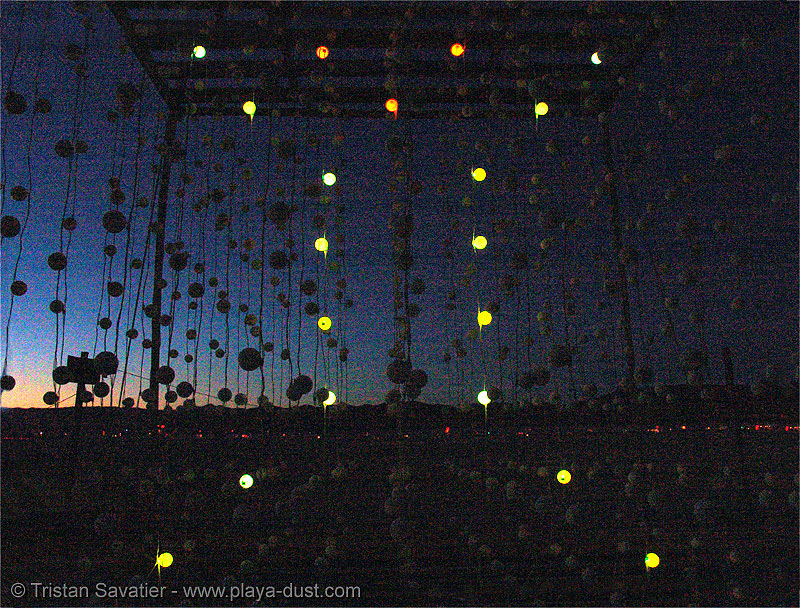 cubatron by mark lottor - burning-man 2005, art, art installation, burning man, cube, network wizards, night