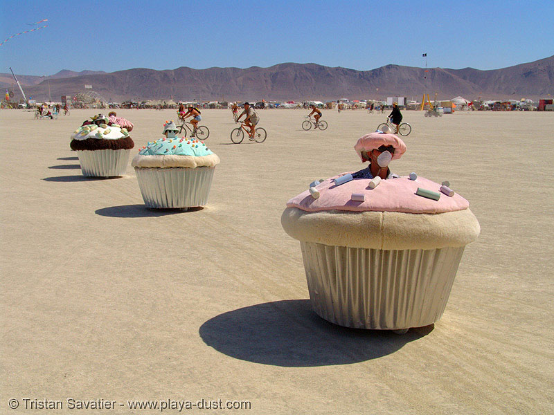 cupcakes riding on the playa - burning man 2005, art car, burning man, cakes, cars, cup, muffins, mutant vehicles, west coast cupcakes