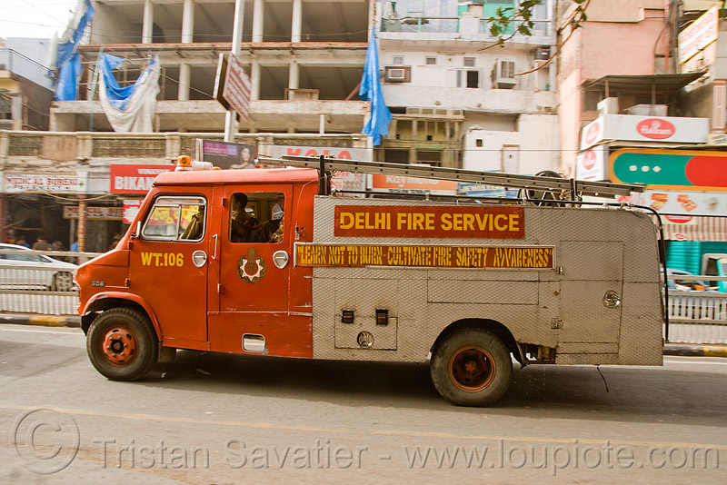 delhi fire service - fire department - delhi (india), delhi, fire department, fire engine, fire service, fire truck, firefighters, lorry, street