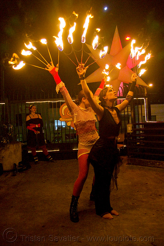 dev with fire fans (san francisco), dev, fire dancer, fire dancing, fire fans, fire performer, fire spinning, flames, night, spinning fire, woman