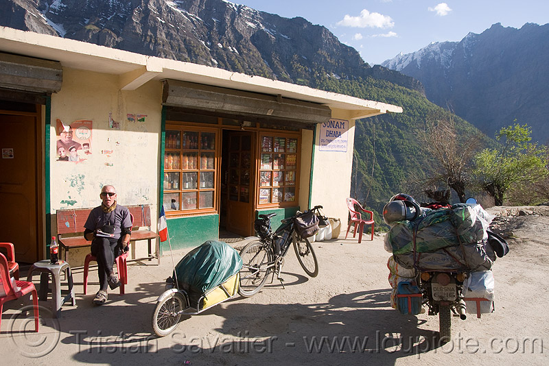 dhaba near keylong - manali to leh road (india), bicycle, bike, india, keylong, ladakh