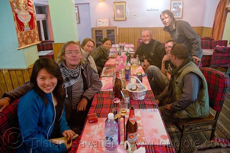 dinner in keylong - manali to leh road (india), ben, christoph, grace liew, india, keylong, ladakh, restaurant, woman