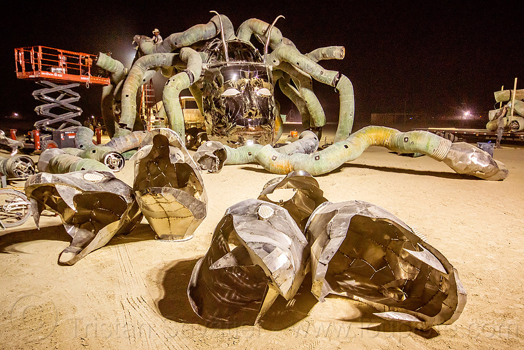 disassembling medusa madness - burning man 2015, art installation, burning man, head, kevin clark, medusa madness, metal, sculpture, snakes, steel