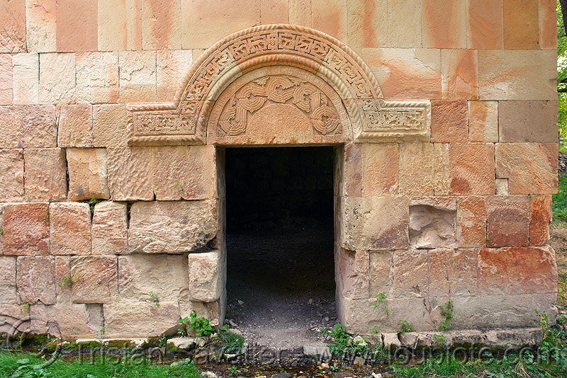 door - Işhan monastery - georgian church ruin (turkey), byzantine architecture, door, georgian church ruins, ishan church, ishan monastery, işhan, low-relief, orthodox christian
