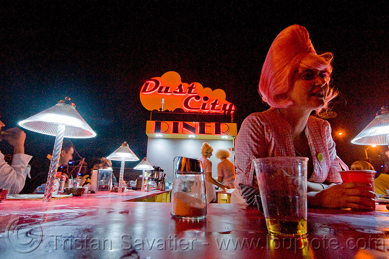 dust city diner - ghostship halloween party on treasure island (san francisco), ghostship 2009, night, people, rave party, space cowboys