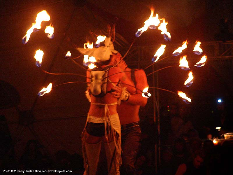 el circo - fire performers - burning-man 2004, art, burn, burning man, elcirco, fire dancer, fire dancing, fire performer, fire spinning, flames, night, people