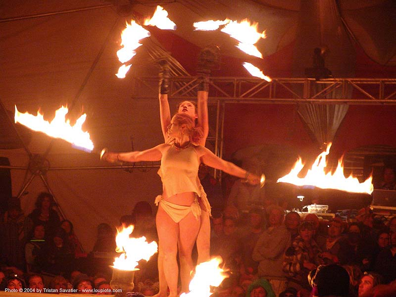 el circo - fire performers - fire swords - burning-man 2004, art, burn, burning man, elcirco, fire dancer, fire dancing, fire performers, fire spinning, fire swords, flames, night