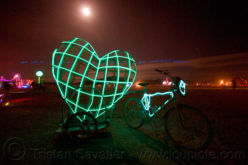 EL-wire heart and full moon - burning man 2009, bicycle, bike, burning man, el-wire heart, full moon, green heart, james hacking, mesh, night