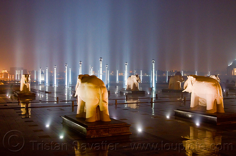 elephant statues - column rows - ambedkar memorial, architecture, columns, dr bhimrao ambedkar memorial park, elephant sculptures, elephant statues, elephants, india, lucknow, monument, night, pratibimb sthal